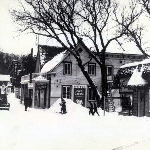 St-Sauveur village, near 1950, St-Sauveur